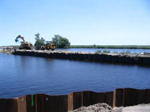 Fundação Breakwater Reforçada com Estaca prancha